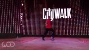 رقص پسر امریکایی در حد اسکار گلدن گلوب