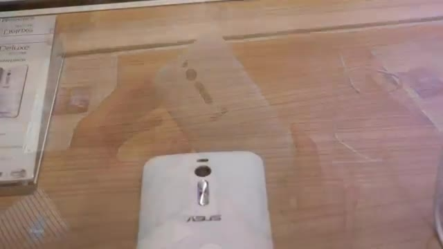 گوشی الماس نشان ایسوس : Zenfone 2 Deluxe
