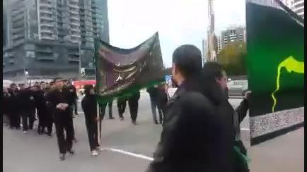 مراسم عاشورا در خیابان یانگ تورنتو کانادا