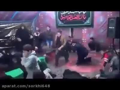لَحظه داخل شدن داعشی ها در مجلس امام حسین ع -عراق-سوریه