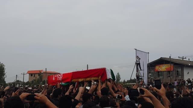 تشییع جنازه هادی نوروزی