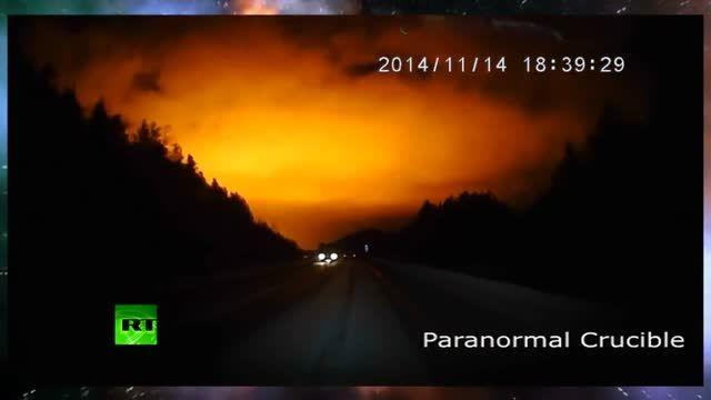 نوری عجیب و مرموز در آسمان روسیه هزاران نفر را شوکه کرد