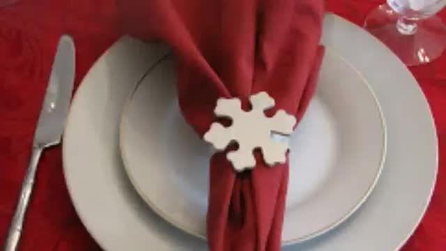 انواع حلقه های دستمال سفره برای میز کریسمس