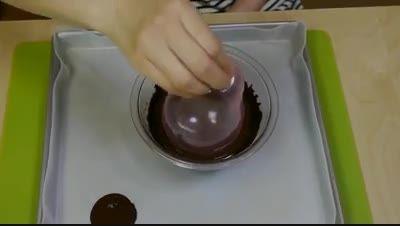 آموزش تصویری درست کردن کاسه شکلاتی