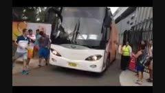 دعوت کروش از هواداران تیم ملی به داخل اتوبوس