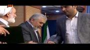 احسان علیخانی از دکترحداد عادل جایزه گرفت