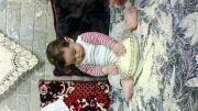بازی کودک باحال با برنج