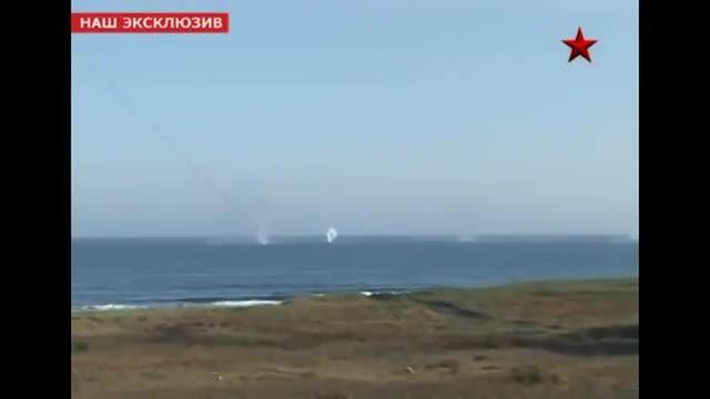 شلیک موشک های ضد کشتی روسی از ساحل و دریا
