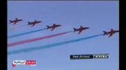 مسابقه نمایشی هواپیما ها با رنگهای مختلف