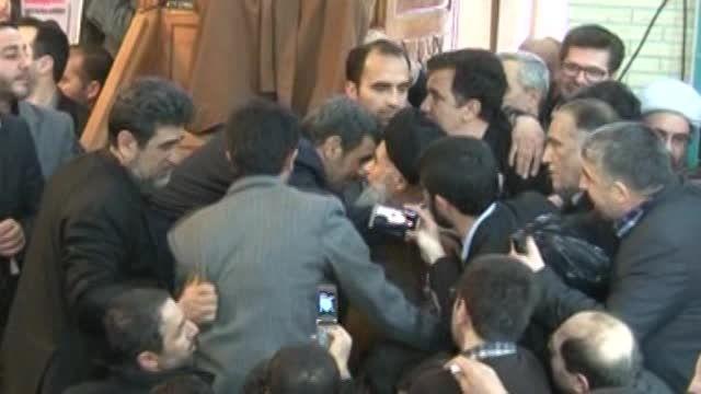 ابراز همدردی آیت الله قریشی با دکتر احمدی نژاد