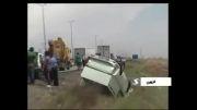 تصادف زنجیره  ای ۲۰ خودرو در بزرگراه قزوین