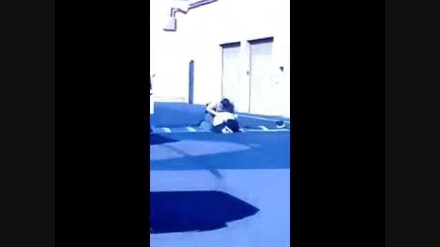 حمله وحشیانه پلیس آمریکا به نوجوان 12 ساله