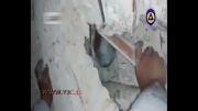 نجات نوزاد 25 روزه فلسطینی از زیر آوار(11مرداد93)
