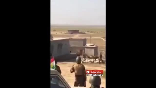 لحظه انفجار خودرو زرهی داعش توسط پیشمرگه های کرد