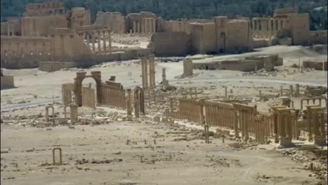 تروریست های داعش طاق باستانی پالمیرا را منفجر کردند
