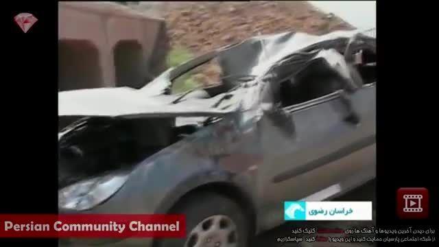 نجات معجزه آسای سرنشینان خودروی پژوی واژگون شده