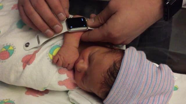 ثبت و ارسال صدای ضربان قلب کودک با اپل واچ