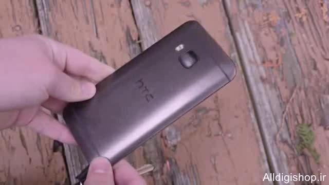 تسط خط و خش و ضربه با چکش و چاقو HTC ONE M9