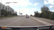 حرکت جالب ماشین جلویی