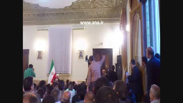طنزگویی داریوش  کاردان در حضور هاشمی رفسنجانی