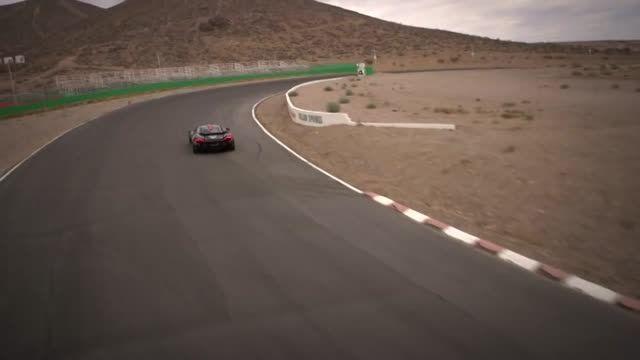 تست McLaren P1 در گرمای خیلی شدید...