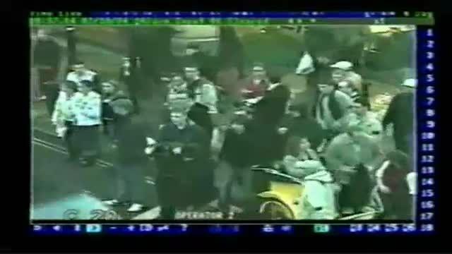 درگیری هواداران فوتبال وستهم و  ولورهمپتون 2004