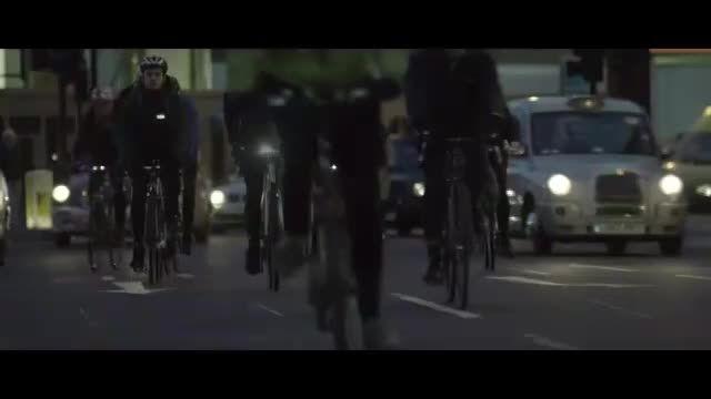 ولوو:ساخت اسپری رنگ بازتابی برای ایمنی دوچرخه سواران