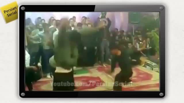 عروسی به سبک ایرانی با شلوار کردی :))  اخر خنده