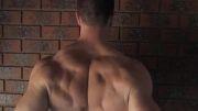 تمرین عضلات کول بدون وزنه