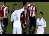 حرکت خاص کریس رونالدو در زمین فوتبال حرکتی مانند حرکات(کشتی کج)