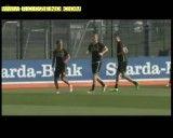 کلیپ خنده دار؛ شوخی بازیکنان در زمین تمرین فوتبال!