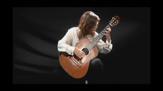 پرتال جامع گردونک - قطعه الحمرا به نوازندگی لیلی افشار