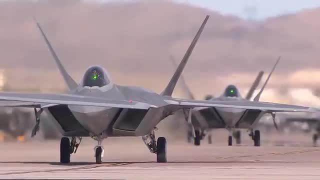 هواپیمای جنگنده F-22 raptor
