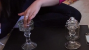 ویترین برای نمایش خرده ریز ها بسازید