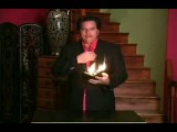 شعبده بازی با کیف پول و آتش