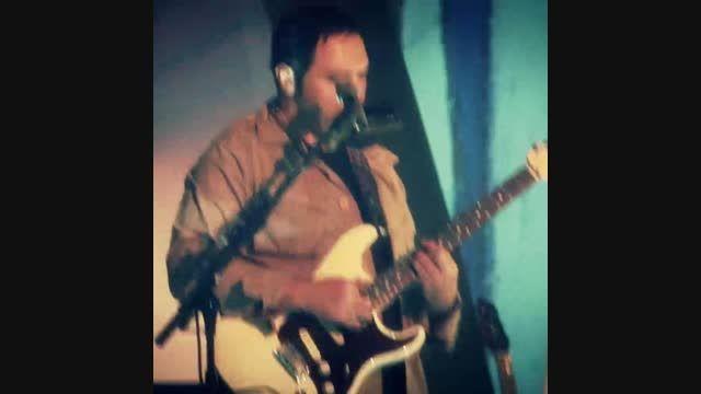 زشتم - سولو گیتار اشکان - اجرای سالن آزادی (زمستان 92)