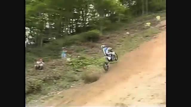 مسابقه شیب نوردی موتور سیکلت
