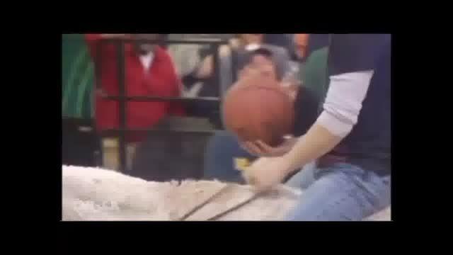 بسکتبال با کره خر آمریکایی