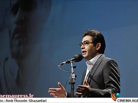 انتقاد فرزاد حسنی از اجرای مهران مدیری در اختتامیه فجر