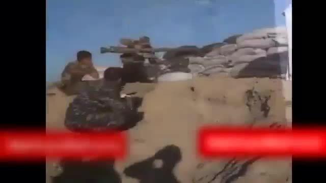 زدن تک تیرانداز داعش توسط سربازان عراق