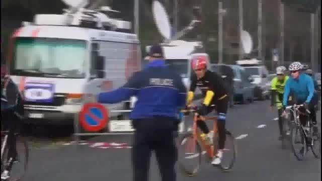 دوچرخه سواری جان کری بعد از مذاکرات هسته ای در سوئیس