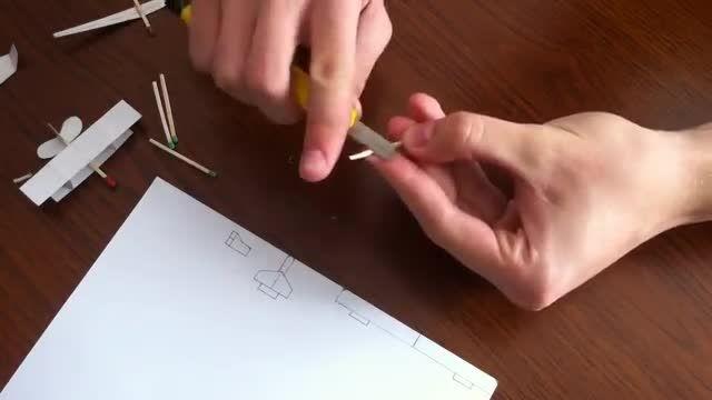 ساخت یک هواپیما کوچک به کمک کاغذ و چوب کبریت