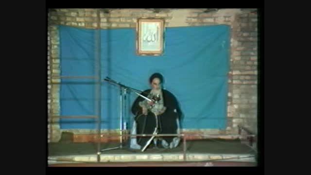 بیانات امام خمینی (ره) درباره منزوی شدن آمریکا