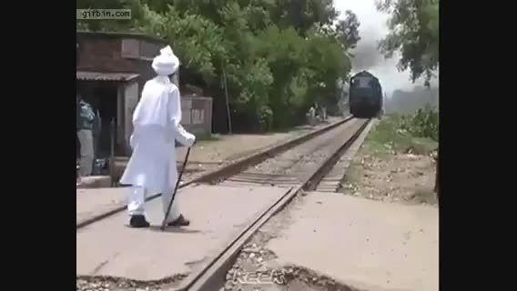 یه کار عادی از هندی ها!(الیته فیلم هندی نیست ها)حقیقته!