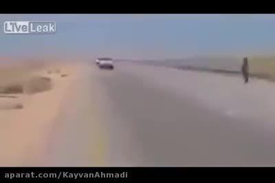 کاروان داعش در حمایت آپاچی آمریکایی