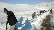جغناب -فعالیت اهالی روستا جهت انتقال آب به سد خاكی روستا