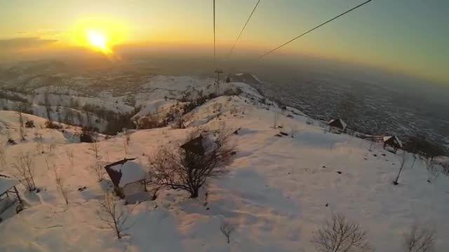 یک روز برفی در لاهیجان