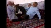 دعوای پیرمردان در مسجد