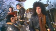 (Queen-We Will Rock You (Music Video