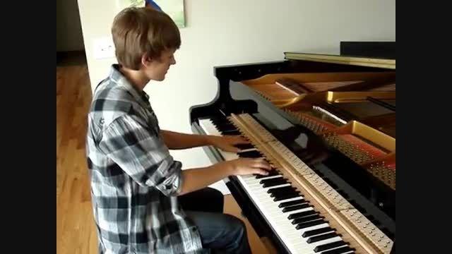 کاور پیانو آهنگ on the floor